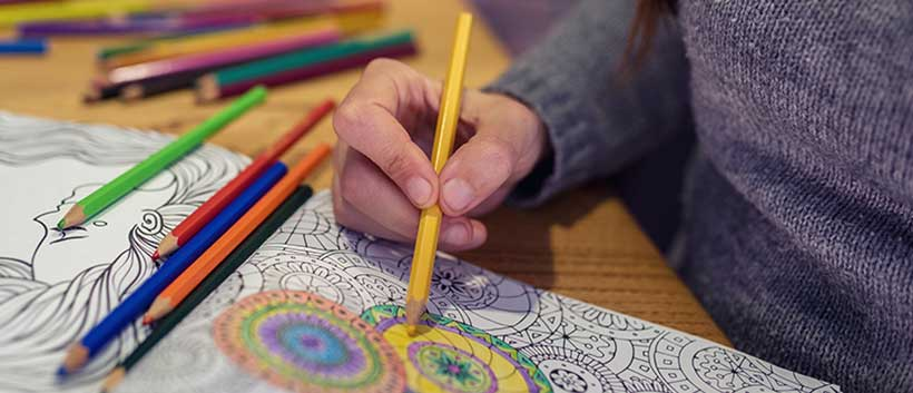 Easy adult coloring pages are a perfect Alzheimer's activity. #alzheimers #dementia