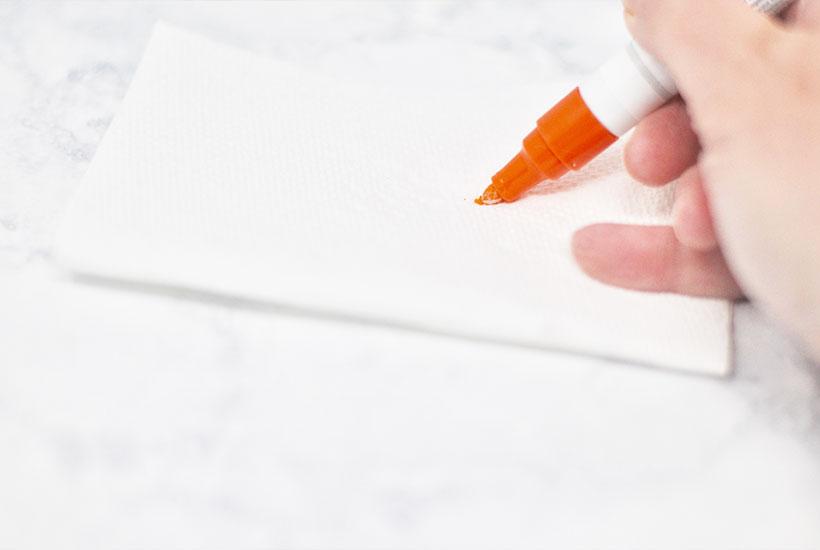 DIY Sharpie Mug craft - priming the marker
